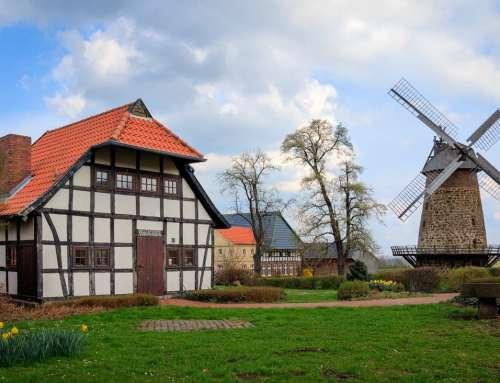 Bauernhaus mit Mühle